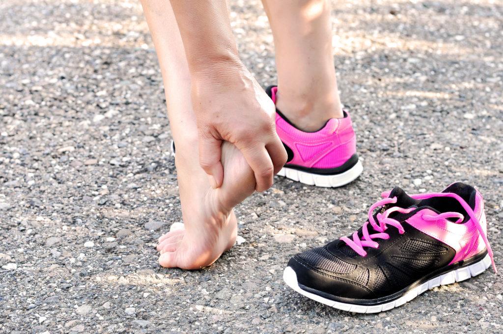 Futás miatti sarokfájás – mik lehetnek a leggyakoribb okok és mit tehetünk ellene? - Arnica RUN