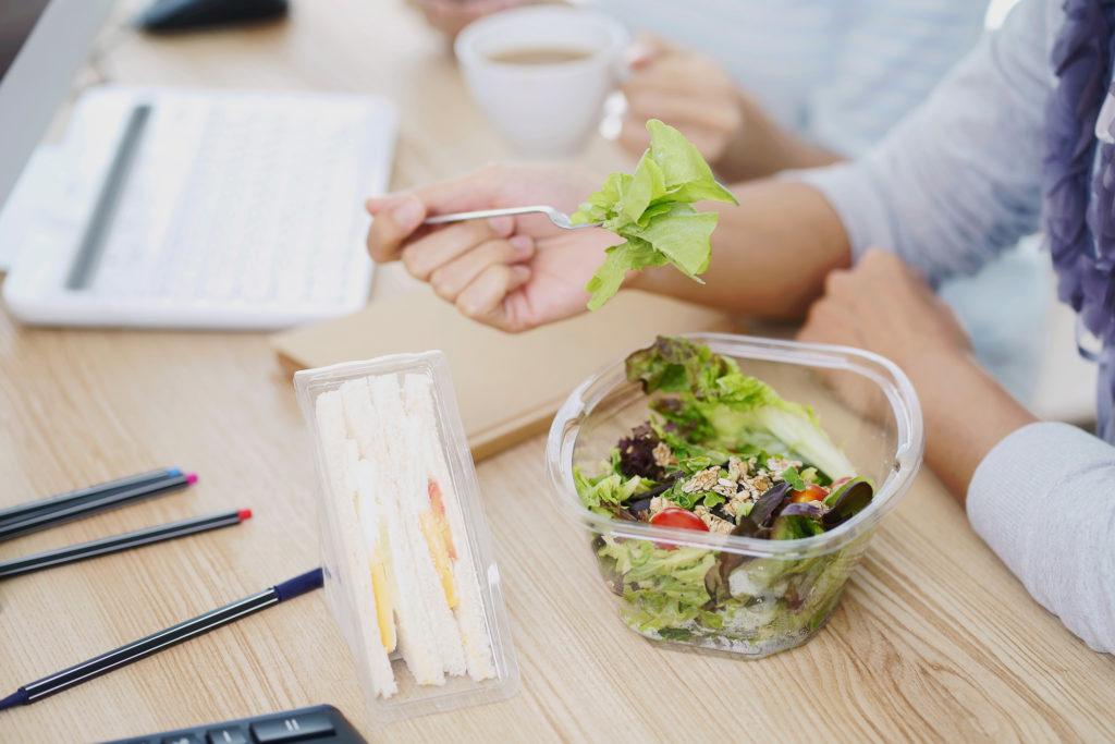 Ebédidő=munkaidő, hogyan étkezz tudatosan a hétköznapok során – 1 rész. - Arnica RUN